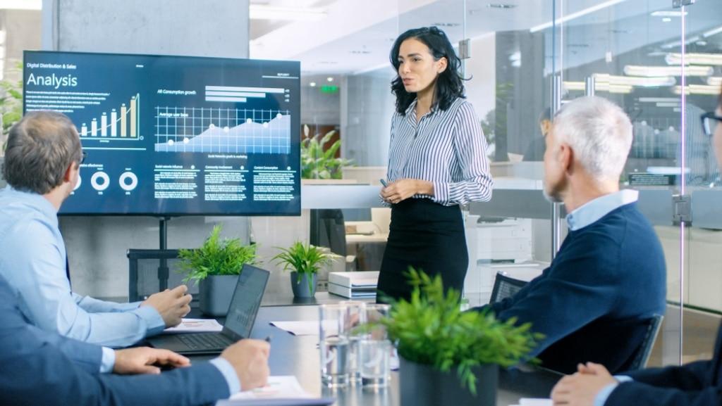 Sales Management Software Features Your CRM Should Have